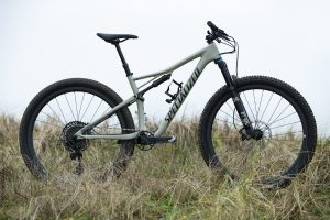 Specialized EPIC MEN EXPERT CARBON EVO 29